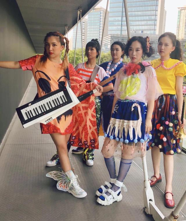 【上海站】「消失半径/吴雪颖/游梦岛」自画像女孩 第三期巡演LVH